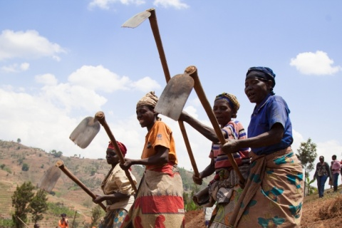 Women create terraces in Rwanda