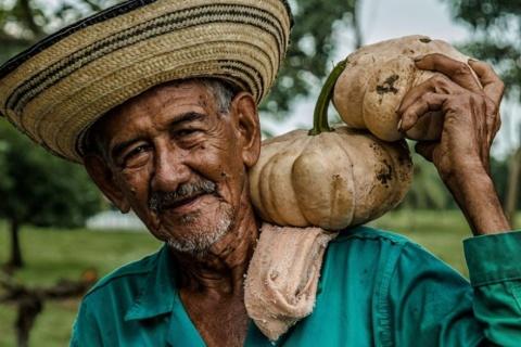 Campesino colombiano. Foto publicada en Colombia informa