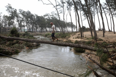 Huge swathes of farm land swamped in eastern India after cyclone