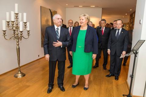 Primeira-ministra da noruega, Erna Solberg, encontra presidente Michel Temer em Oslo (Foto: Scanpix/Hakon Mosvold Larsen/via REUTERS)
