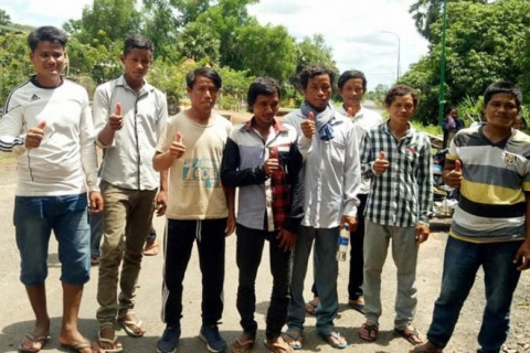 The Preah Vihear Provincial Court has dropped all charges against eight ethnic Kuoy villagers who we